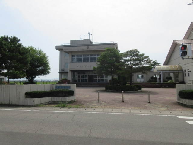 上林小学校 約1.4km(徒歩18分)