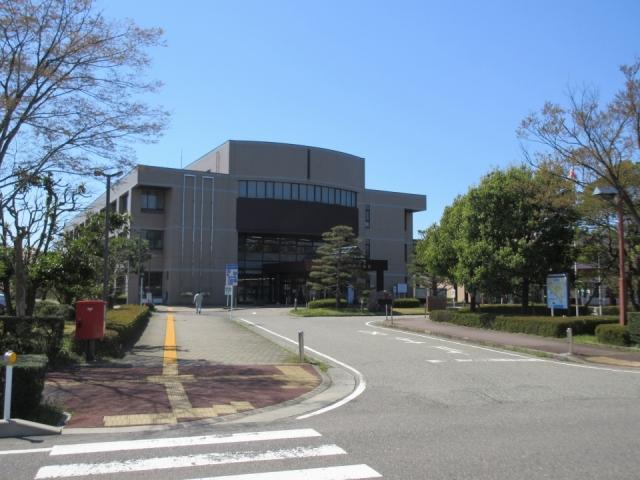 新潟市江南区役所 約500m(車2分)