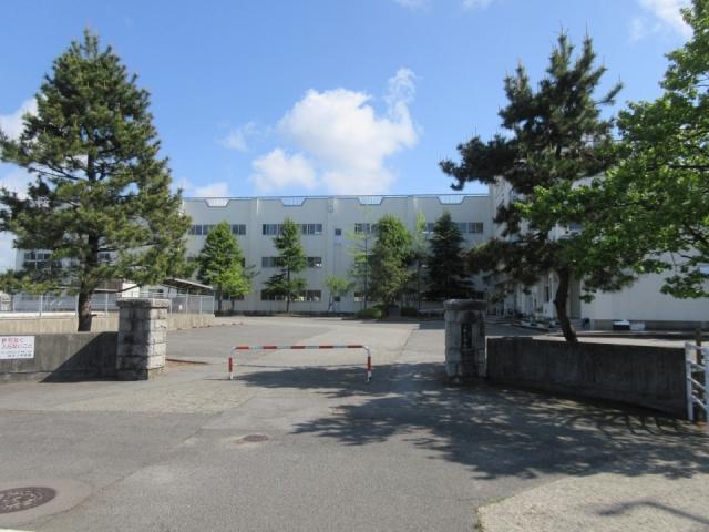 住吉小学校 約890m(徒歩12分)